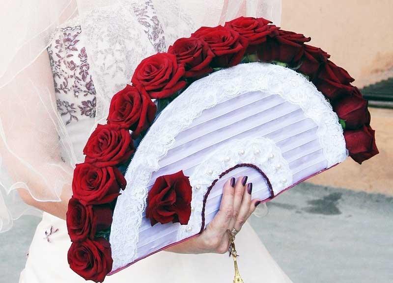 Букет невесты веером своими руками
